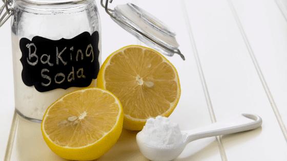 סודה לשתייה, לימון, מברשת